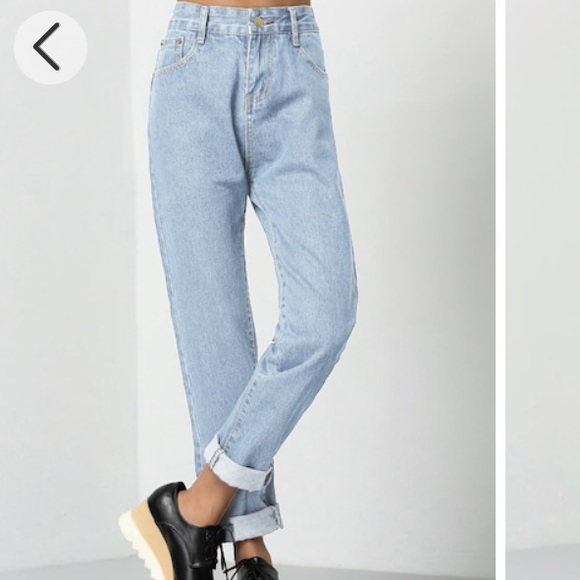top-rated professional more photos meet Romwe Denim Mom Jeans Light Blue NEVER WORN NWT